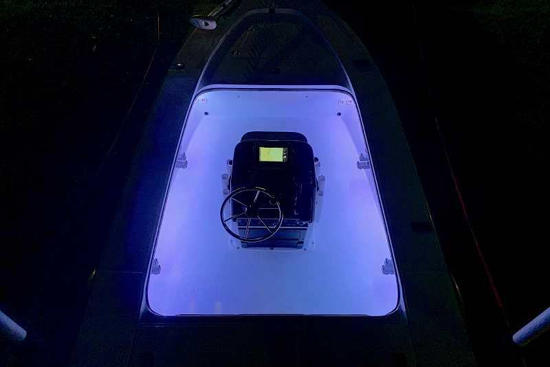 Flats boat under gunnel lighting (RGB)